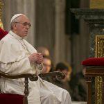 Papa: amem o Rosário, oração simples que consola a mente e o coração