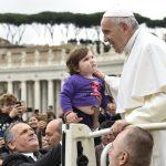 Papa: é revolucionário amar o cônjuge assim como Cristo amou a Igreja